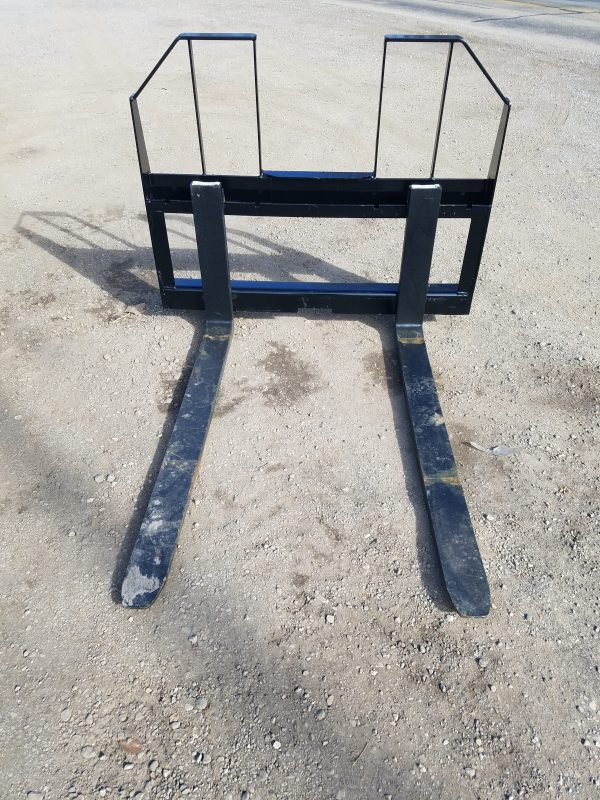 "48"" Walk Through Pallet Fork"